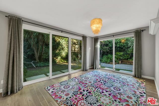 1274 Calle De Sevilla, Pacific Palisades, California 90272, 4 Bedrooms Bedrooms, ,3 BathroomsBathrooms,Residential,For Sale,Calle De Sevilla,20-671692