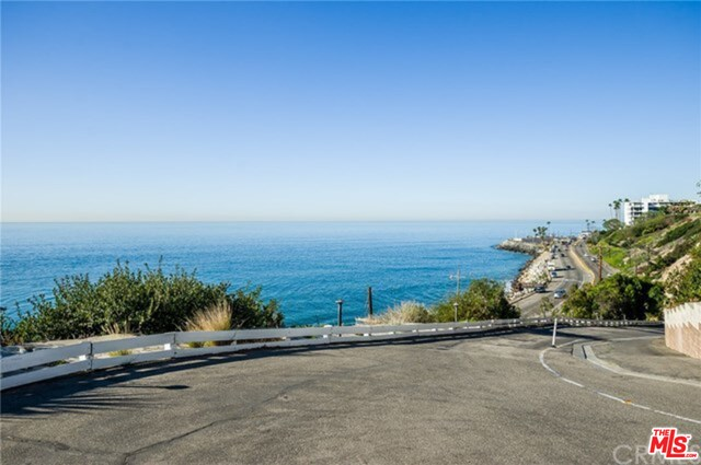 Photo of 17015 Pacific Coast Hwy #4, Pacific Palisades, CA 90272