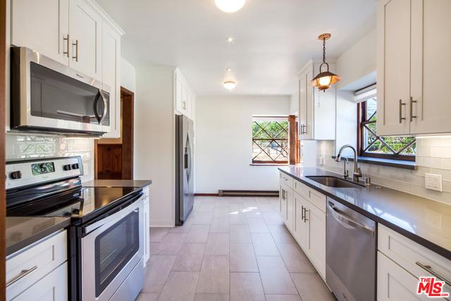 6902 Fernhill Dr, Malibu, California 90265, 3 Bedrooms Bedrooms, ,2 BathroomsBathrooms,Residential,For Sale,Fernhill,20-672380