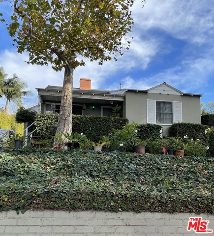 1156 Embury St, Pacific Palisades, California 90272, 3 Bedrooms Bedrooms, ,2 BathroomsBathrooms,Residential Lease,For Sale,Embury,20-672614