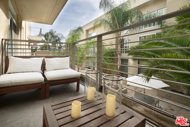 Photo of 250 N First St #417, Burbank, CA 91502