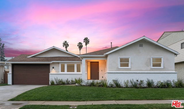 Photo of 12539 Matteson Ave, Los Angeles, CA 90066