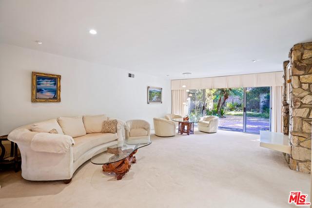 30714 El Pequeno Dr, Malibu, California 90265, 4 Bedrooms Bedrooms, ,4 BathroomsBathrooms,Residential,For Sale,El Pequeno,21-674928