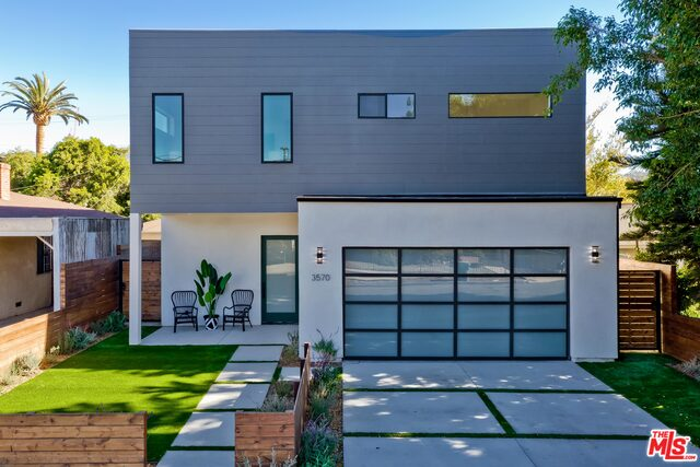 Photo of 3570 Helms Ave, Culver City, CA 90232