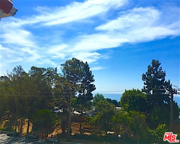 28296 REY DE COPAS LN, MALIBU, California 90265, 2 Bedrooms Bedrooms, ,3 BathroomsBathrooms,Residential Lease,For Sale,REY DE COPAS,21-675356