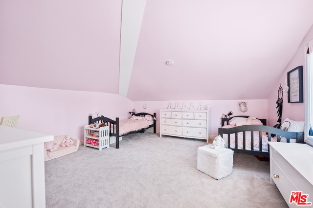 27857 Winding Way, Malibu, California 90265, 4 Bedrooms Bedrooms, ,5 BathroomsBathrooms,Residential,For Sale,Winding,21-676328