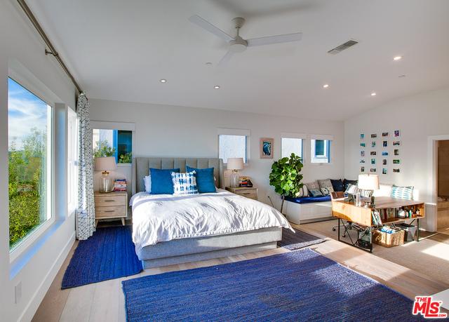 16730 Calle Arbolada, Pacific Palisades, California 90272, 4 Bedrooms Bedrooms, ,4 BathroomsBathrooms,Residential,For Sale,Calle Arbolada,21-677362