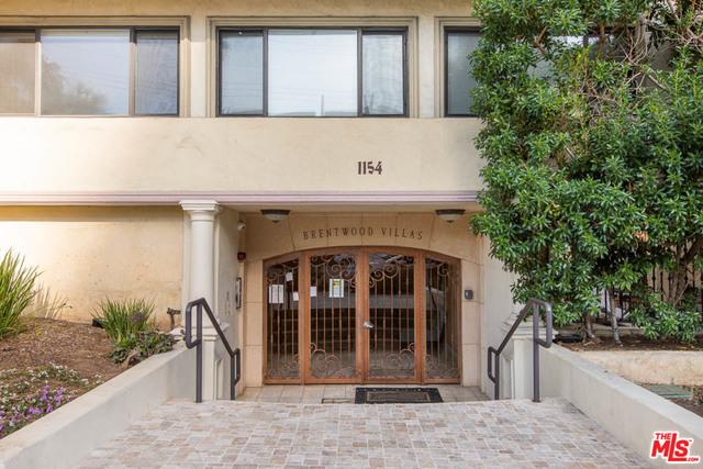 Photo of 1154 S Barrington Ave #101, Los Angeles, CA 90049