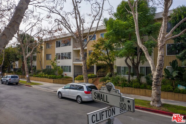 Photo of 175 N Swall Dr #104, Beverly Hills, CA 90211