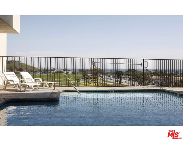 23901 CIVIC CENTER WAY, MALIBU, California 90265, 2 Bedrooms Bedrooms, ,2 BathroomsBathrooms,Residential,For Sale,CIVIC CENTER,21-678220