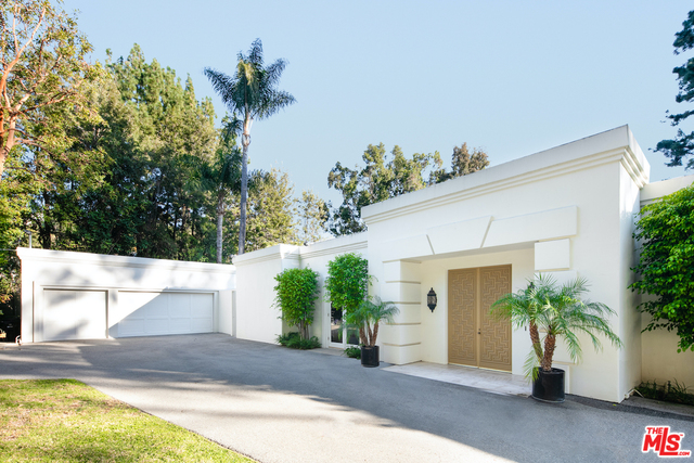 Photo of 9951 Liebe Dr, Beverly Hills, CA 90210