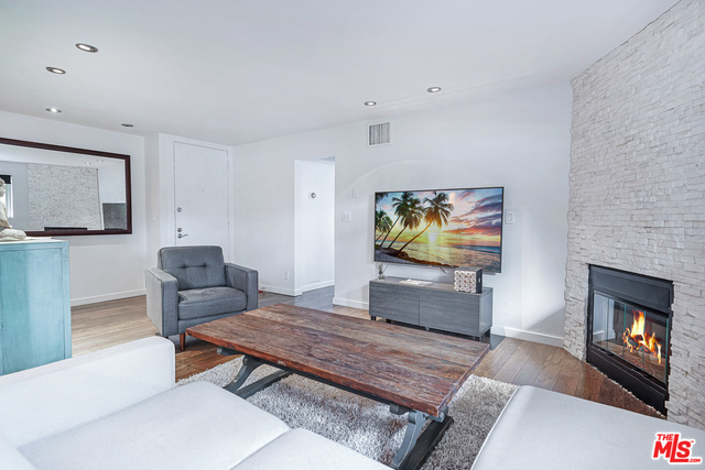 Photo of 141 S Clark Dr #106, West Hollywood, CA 90048