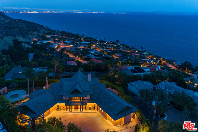 20509 BIG ROCK DR, MALIBU, California 90265, 3 Bedrooms Bedrooms, ,4 BathroomsBathrooms,Residential,For Sale,BIG ROCK,21-679026