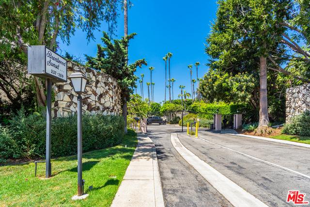 Photo of 289 S Barrington Ave #A311, Los Angeles, CA 90049