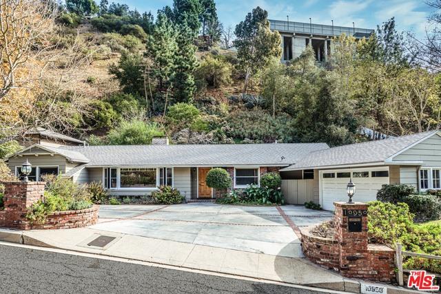 Photo of 10950 Verano Rd, Los Angeles, CA 90077