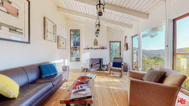 Photo of 10021 Reevesbury Dr, Beverly Hills, CA 90210