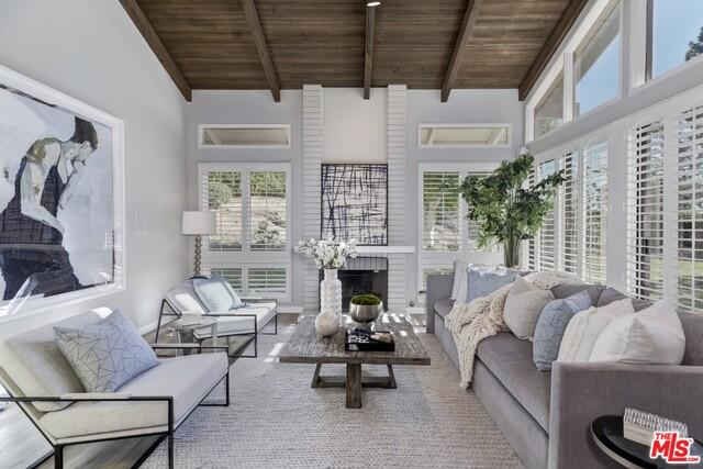 17049 Palisades Cir, Pacific Palisades, California 90272, 4 Bedrooms Bedrooms, ,3 BathroomsBathrooms,Residential,For Sale,Palisades,21-680338