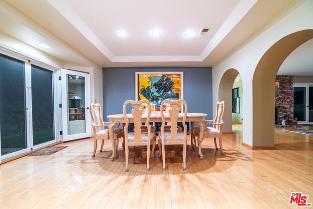 23442 Copacabana St, Malibu, California 90265, 4 Bedrooms Bedrooms, ,3 BathroomsBathrooms,Residential,For Sale,Copacabana,21-680406