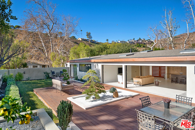 30616 Vista Sierra Dr, Malibu, California 90265, 3 Bedrooms Bedrooms, ,5 BathroomsBathrooms,Residential,For Sale,Vista Sierra,21-681064