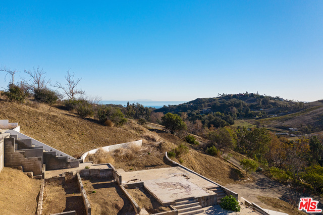 28125 Paquet Pl, Malibu, California 90265, ,Land,For Sale,Paquet,21-681690
