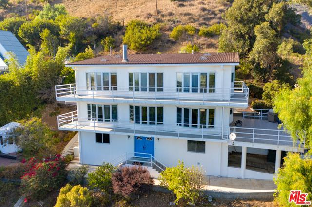 21733 Castlewood Dr, Malibu, California 90265, 4 Bedrooms Bedrooms, ,3 BathroomsBathrooms,Residential,For Sale,Castlewood,21-682224