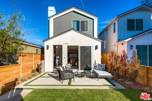 Photo of 11755 Tennessee Ave, Los Angeles, CA 90064