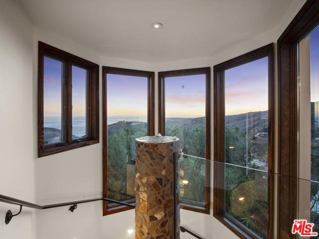 3023 Corral Canyon Rd, Malibu, California 90265, 4 Bedrooms Bedrooms, ,4 BathroomsBathrooms,Residential,For Sale,Corral Canyon,21-683330