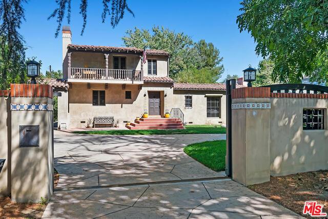 Photo of 13123 Chandler Blvd, Sherman Oaks, CA 91401