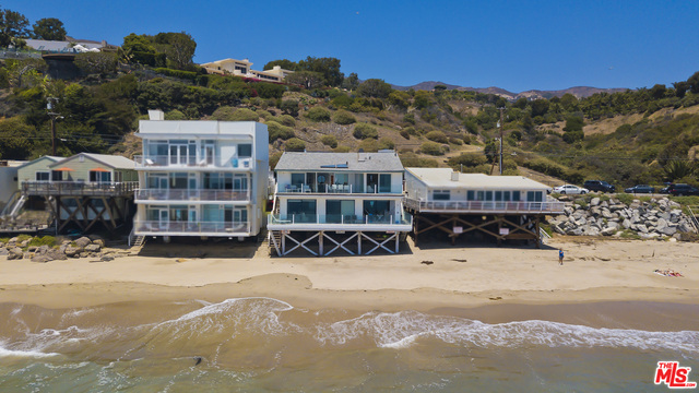 24748 Malibu RD, Malibu, California 90265, 3 Bedrooms Bedrooms, ,3 BathroomsBathrooms,Residential Lease,For Sale,Malibu,21-685664