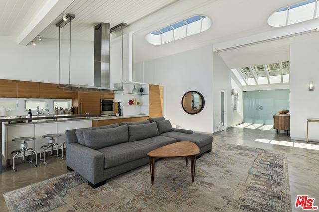 24748 Malibu RD, Malibu, California 90265, 3 Bedrooms Bedrooms, ,3 BathroomsBathrooms,Residential Lease,For Sale,Malibu,21-685664