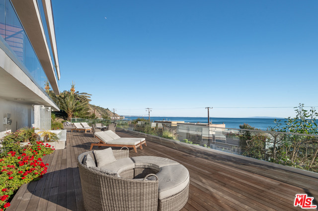 20747 PACIFIC COAST HWY, MALIBU, California 90265, 1 Bedroom Bedrooms, ,1 BathroomBathrooms,Residential Lease,For Sale,PACIFIC COAST,21-686172