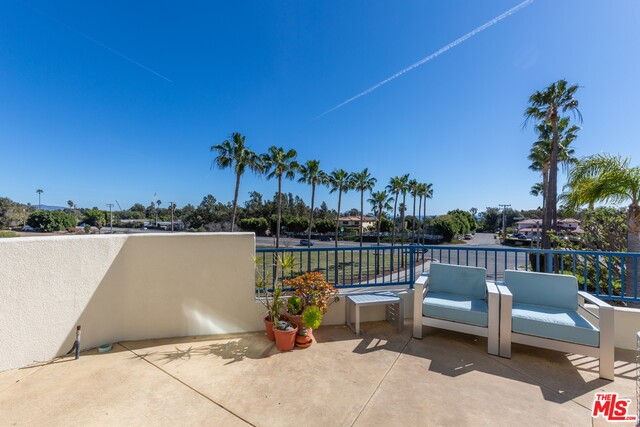 6455 Zuma View Pl, Malibu, California 90265, 3 Bedrooms Bedrooms, ,3 BathroomsBathrooms,Residential,For Sale,Zuma View,21-686678