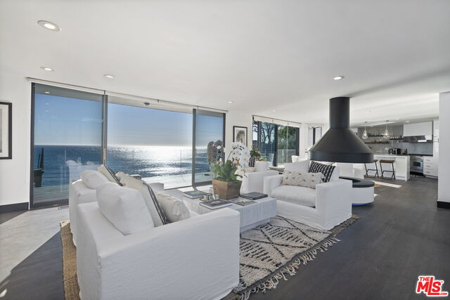 28936 Cliffside Dr, Malibu, California 90265, 5 Bedrooms Bedrooms, ,4 BathroomsBathrooms,Residential Lease,For Sale,Cliffside,21-686834