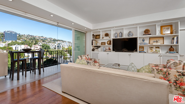 Photo of 818 N Doheny Dr #603, West Hollywood, CA 90069