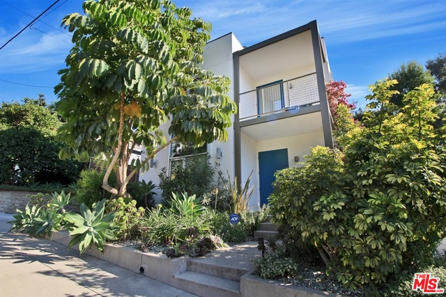 Photo of 6330 Primrose Ave, Los Angeles, CA 90068