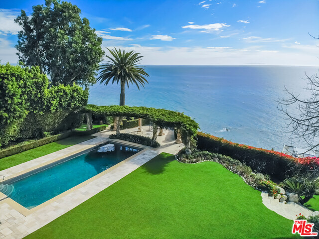 Photo of 24824 Pacific Coast Hwy, Malibu, CA 90265
