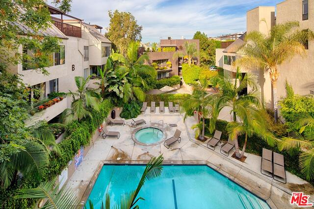 Photo of 950 N Kings Rd #219, West Hollywood, CA 90069