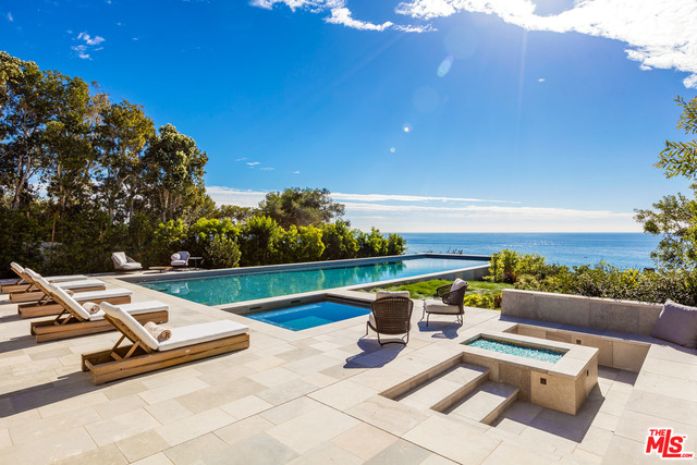 33740 Pacific Coast Hwy, Malibu, California 90265, 6 Bedrooms Bedrooms, ,8 BathroomsBathrooms,Residential Lease,For Sale,Pacific Coast,21-688856