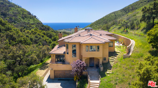 4322 ESCONDIDO DR, Malibu, California 90265, 4 Bedrooms Bedrooms, ,6 BathroomsBathrooms,Residential Lease,For Sale,ESCONDIDO,21-688912