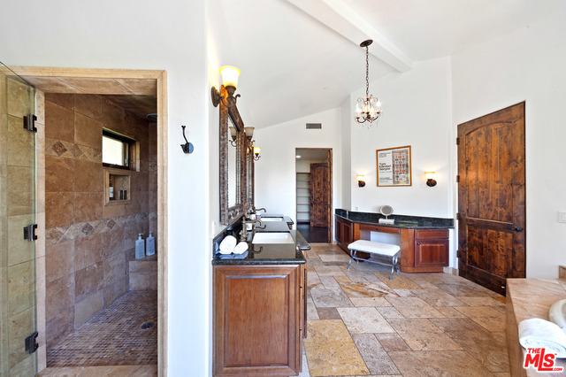 4322 ESCONDIDO DR, Malibu, California 90265, 4 Bedrooms Bedrooms, ,6 BathroomsBathrooms,Residential Lease,For Sale,ESCONDIDO,21-688912