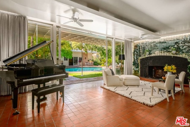 Photo of 3255 Fryman Rd, Studio City, CA 91604
