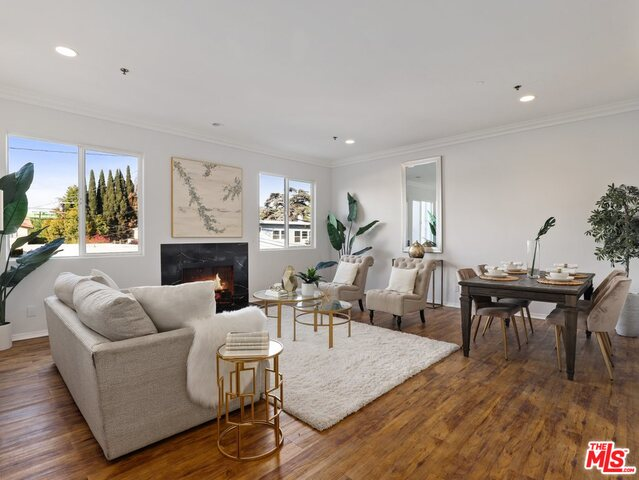 Photo of 1200 S Holt Ave #202, Los Angeles, CA 90035