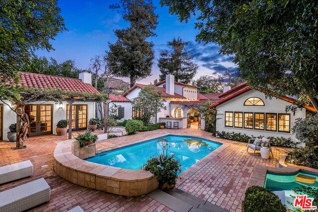 Photo of 178 N Carmelina Ave, Los Angeles, CA 90049