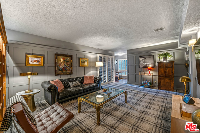 Photo of 1010 Palm Ave #210, West Hollywood, CA 90069