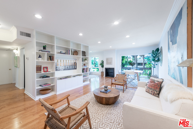 Photo of 7300 Franklin Ave #656, Los Angeles, CA 90046