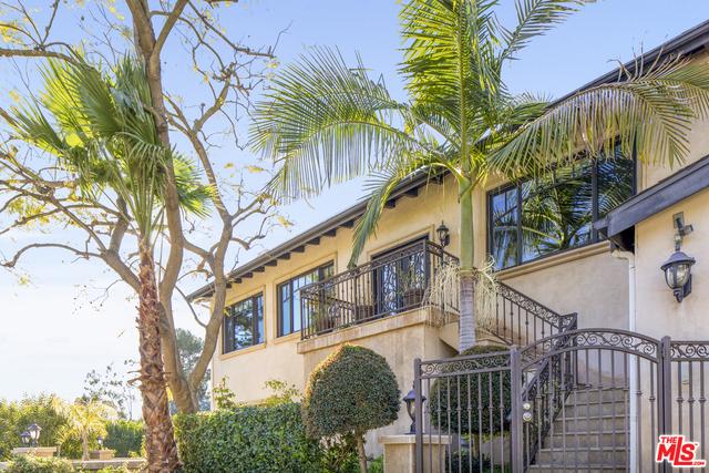 Photo of 9401 Cherokee Ln, Beverly Hills, CA 90210