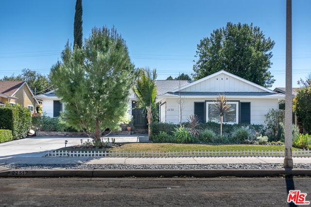 Photo of 22512 Criswell St, West Hills, CA 91307