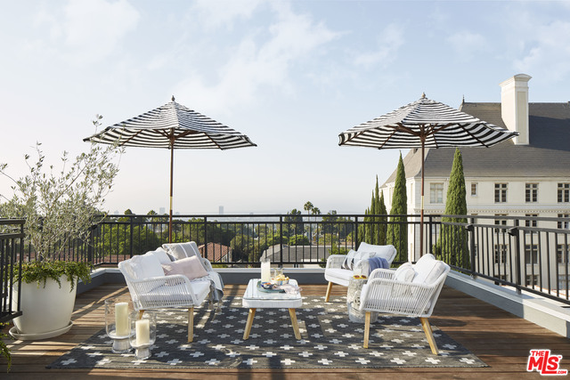 Photo of 1412 N Crescent Heights Blvd #206, West Hollywood, CA 90046