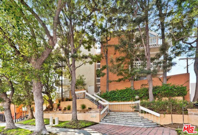 Photo of 3315 Griffith Park Blvd #101, Los Angeles, CA 90027