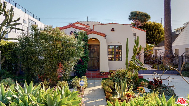Photo of 2544 Tilden Ave, Los Angeles, CA 90064